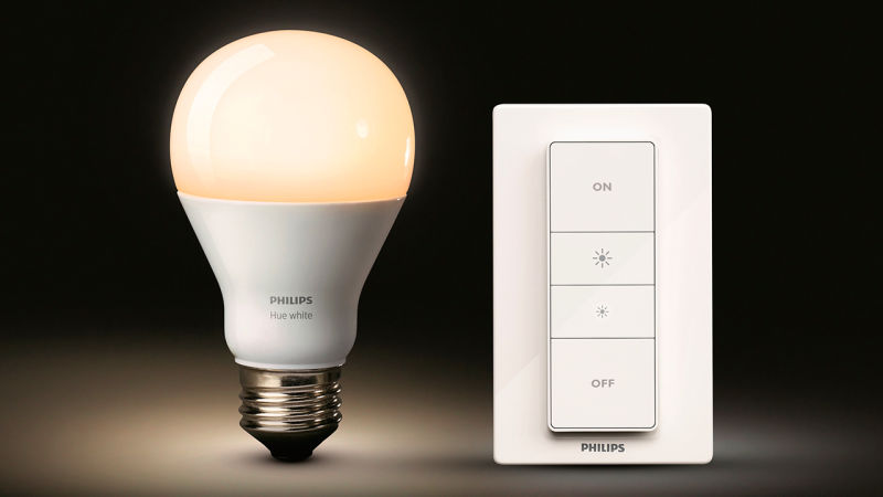 Safety warning regarding Philips Hue bulbs used internationally and sourced from the US