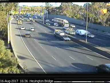 heyington-rail-bridge-east-1502865418.jpg