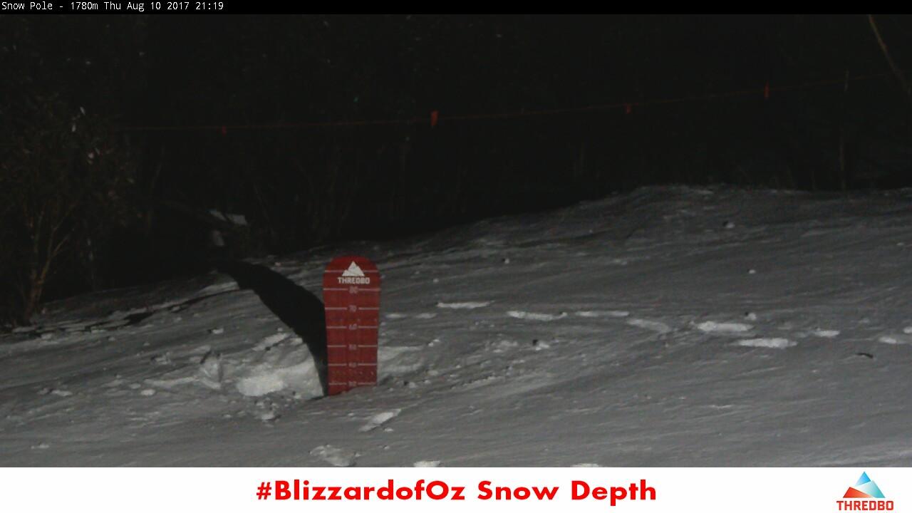 thredbo-snow-pole-1502364303.jpg