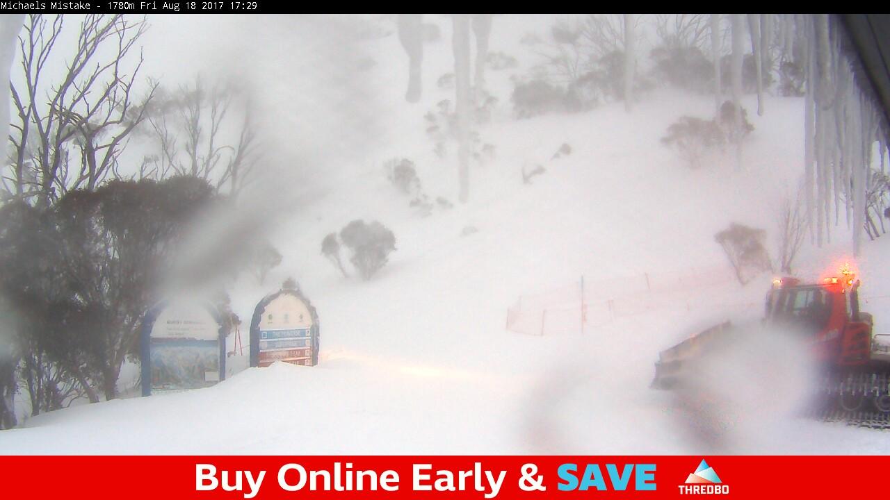 thredbo-snow-pole-1503045602.jpg