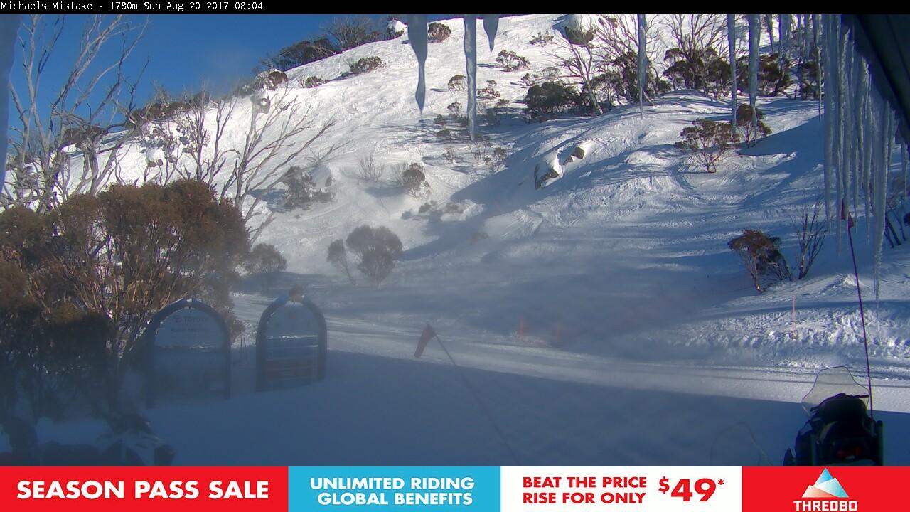 thredbo-snow-pole-1503180601.jpg