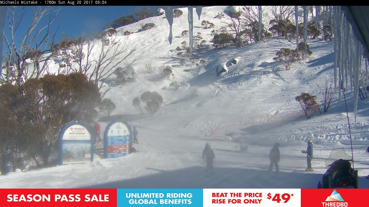 thredbo-snow-pole-1503184243.jpg