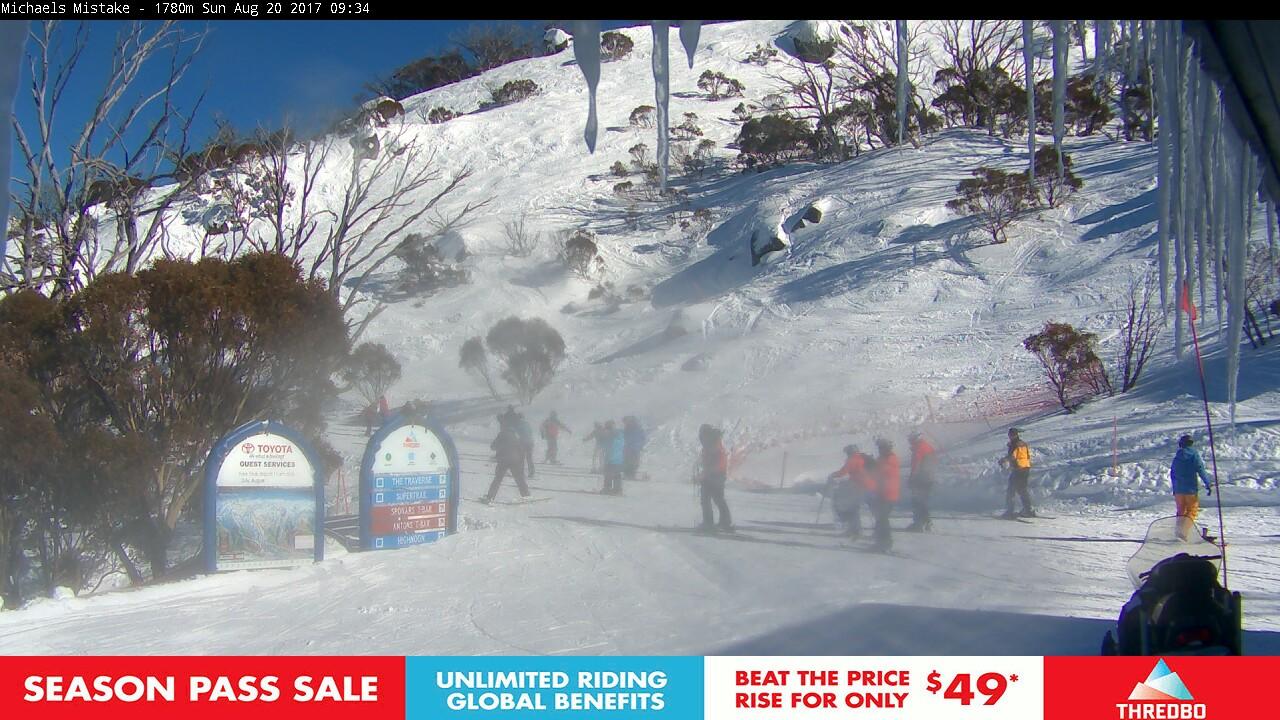 thredbo-snow-pole-1503186003.jpg