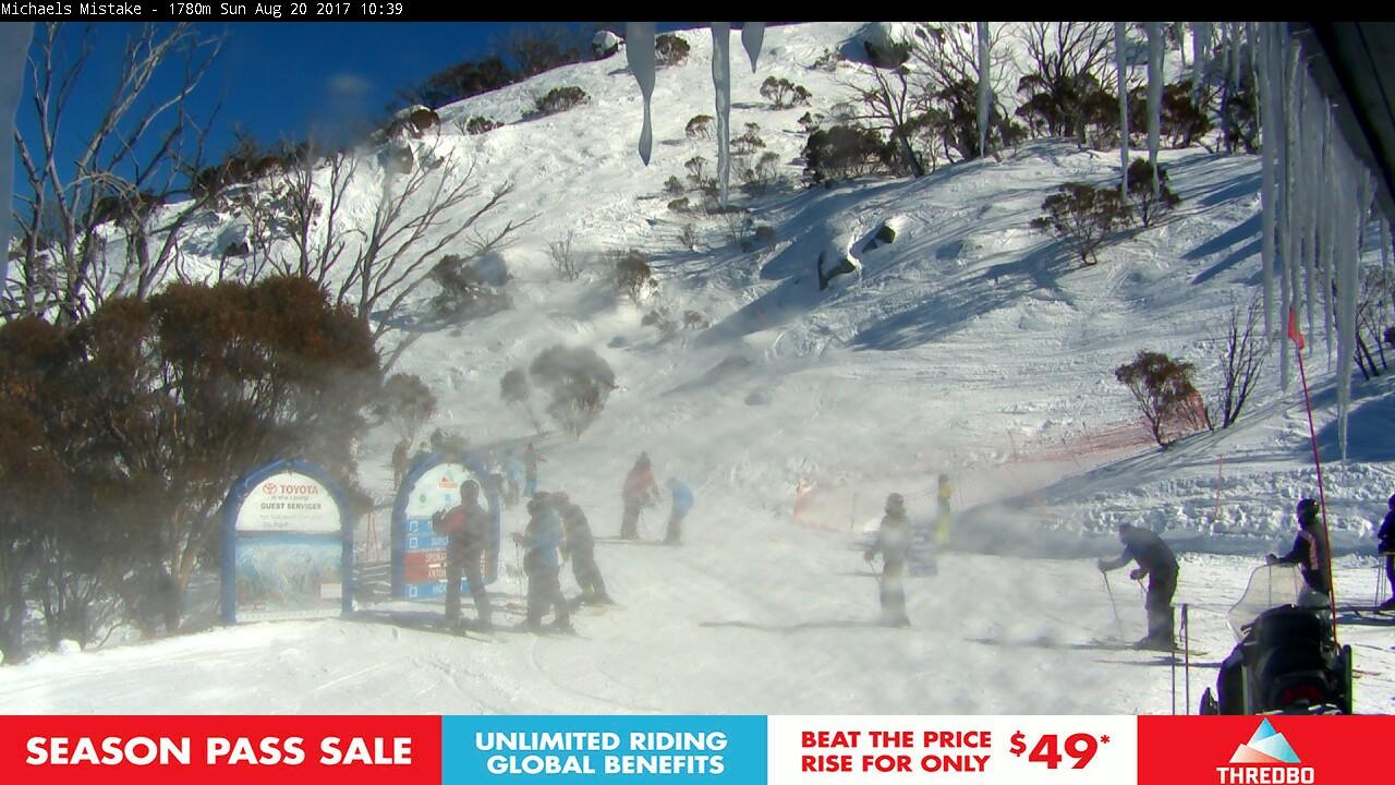 thredbo-snow-pole-1503189671.jpg