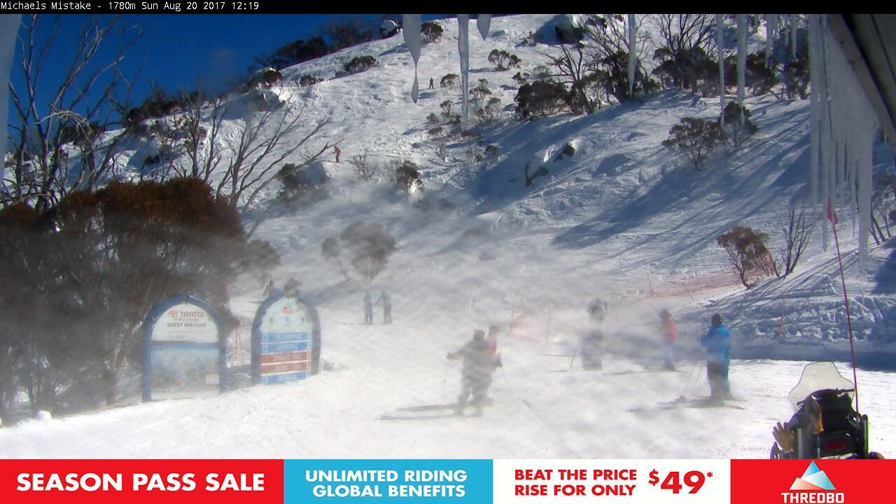 thredbo-snow-pole-1503195903.jpg
