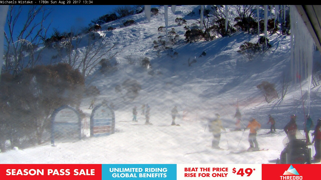 thredbo-snow-pole-1503200445.jpg