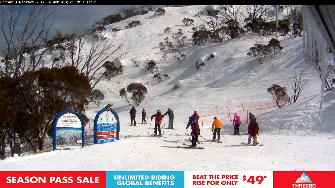 thredbo-snow-pole-1503279603.jpg