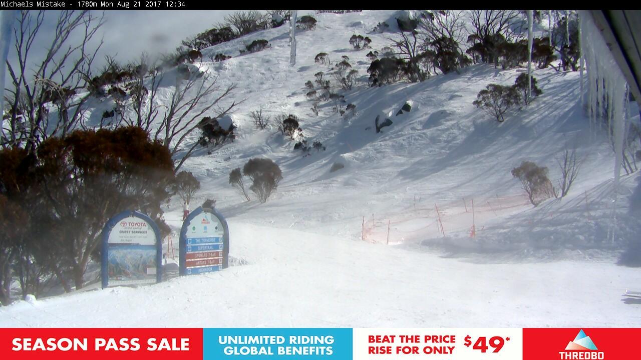 thredbo-snow-pole-1503283202.jpg