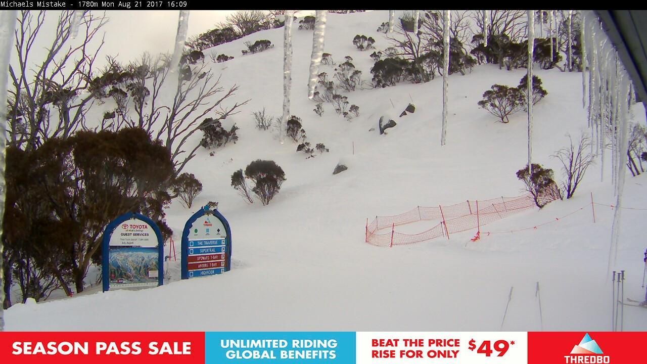 thredbo-snow-pole-1503295885.jpg