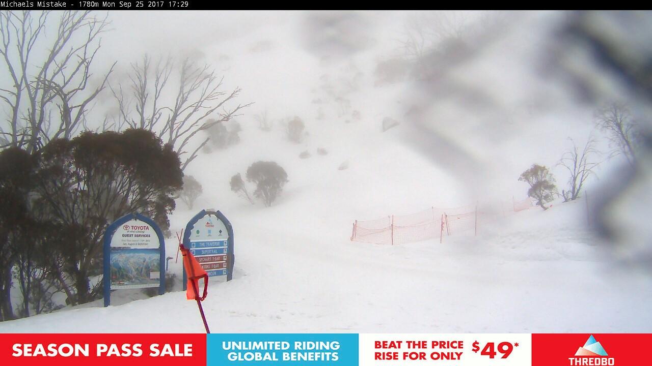 thredbo-snow-pole-1506327907.jpg