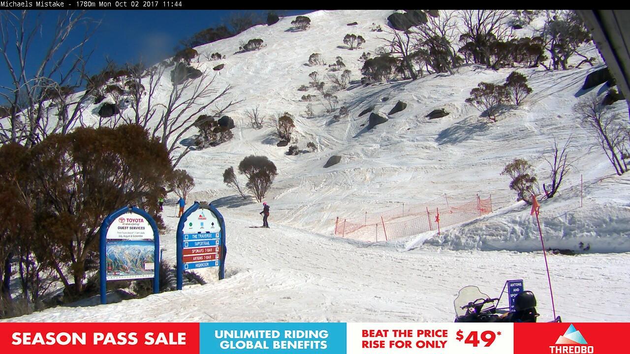 thredbo-snow-pole-1506905431.jpg