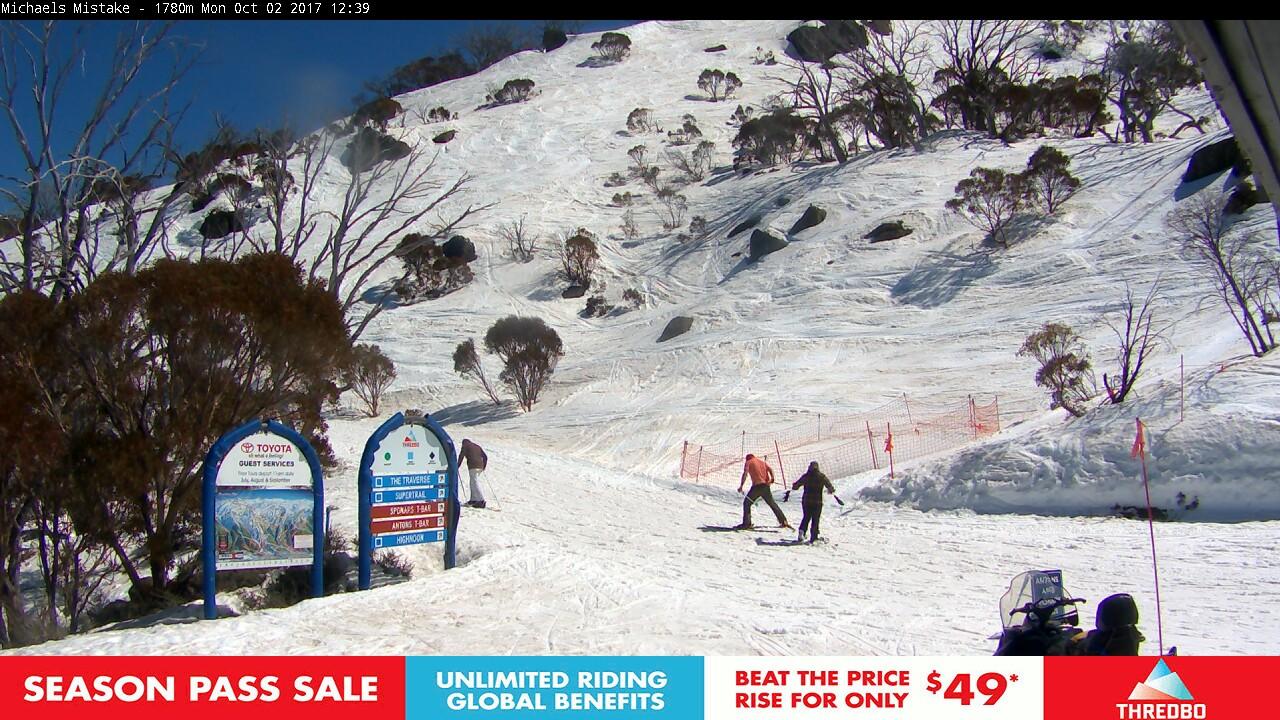 thredbo-snow-pole-1506908713.jpg