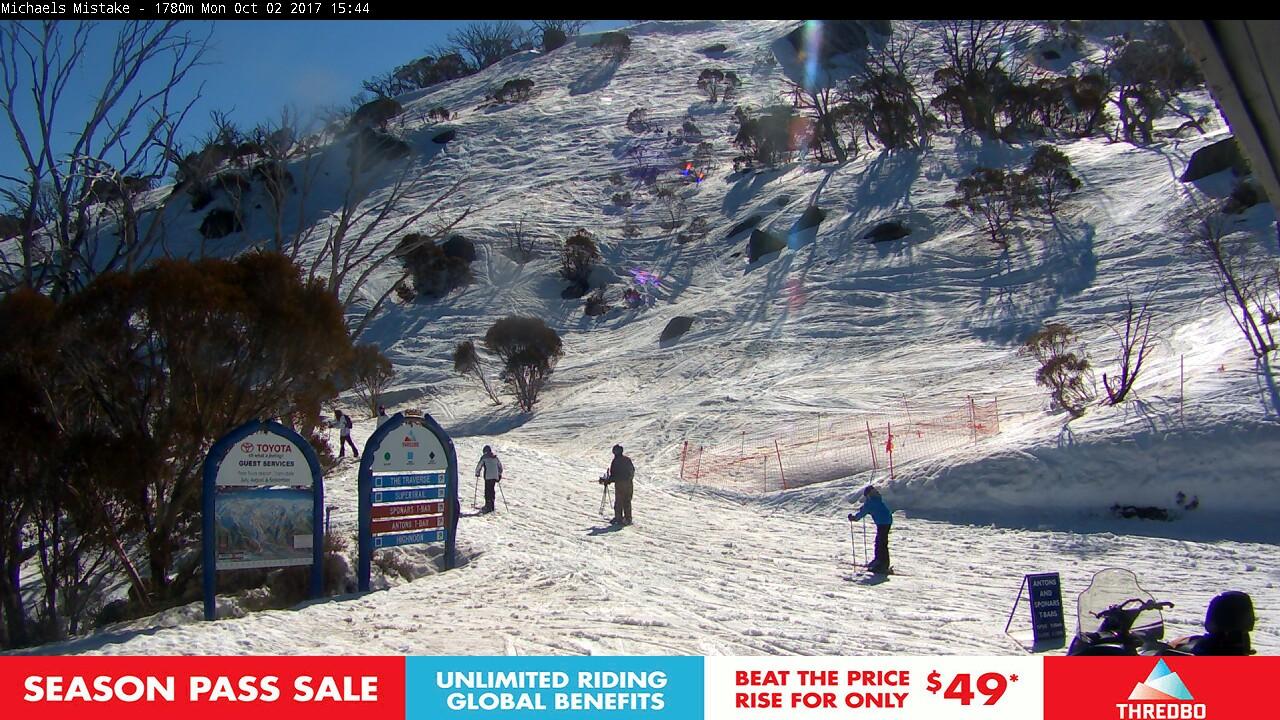 thredbo-snow-pole-1506919837.jpg