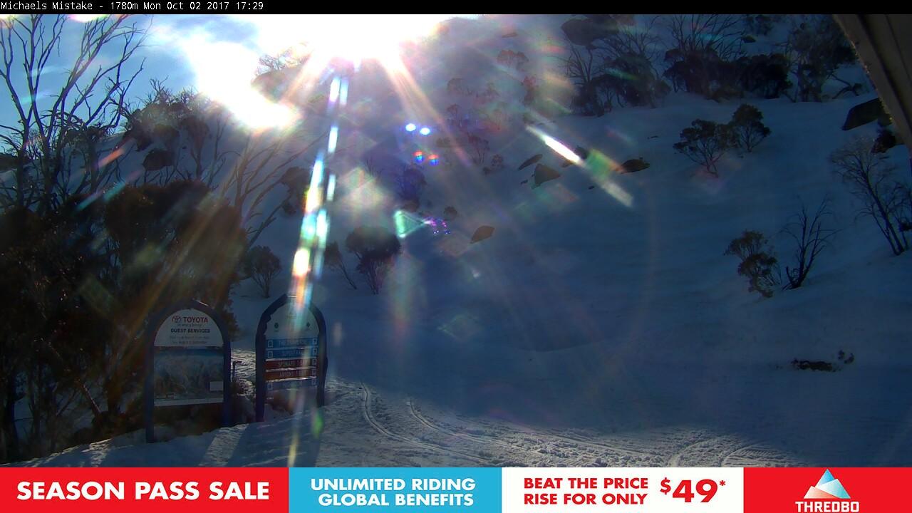 thredbo-snow-pole-1506926431.jpg