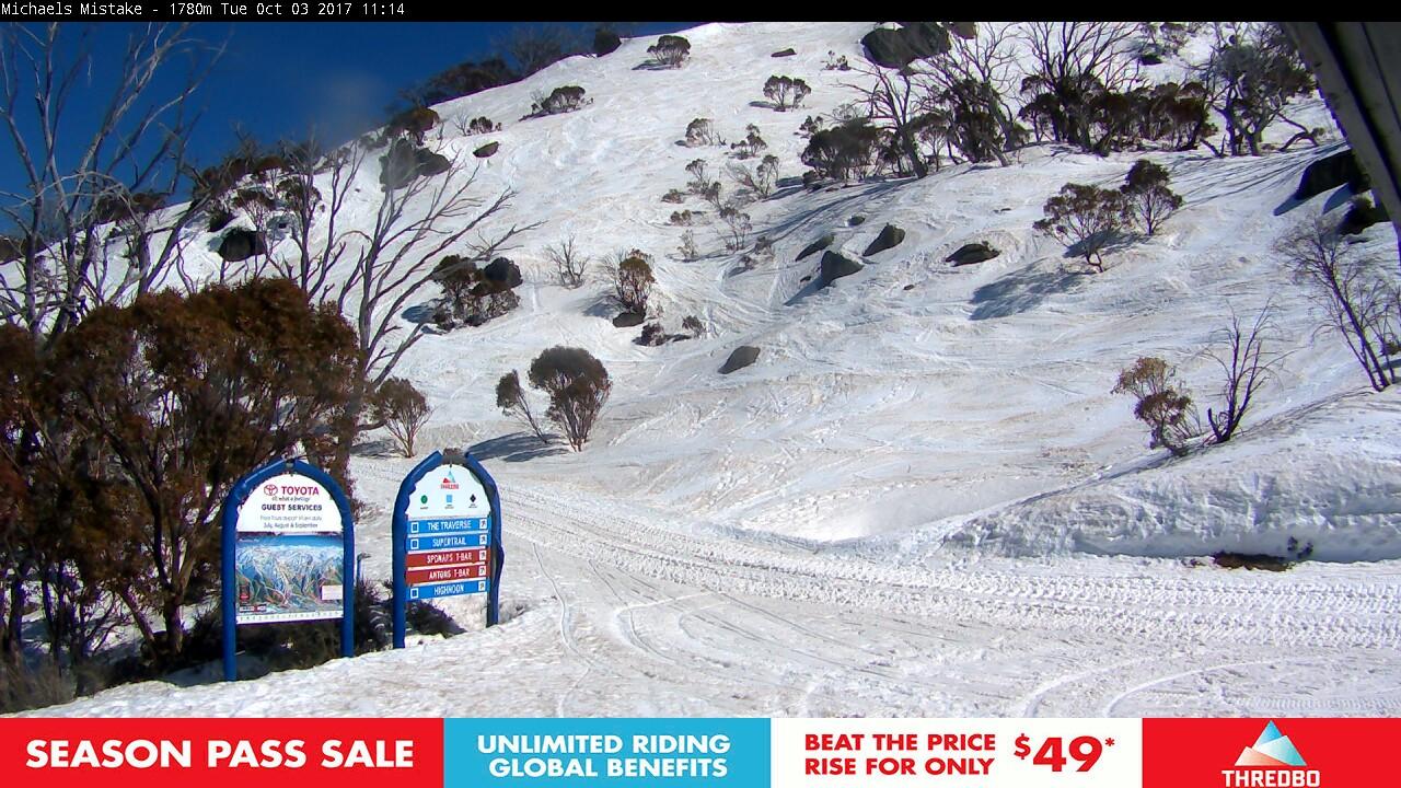 thredbo-snow-pole-1506990033.jpg