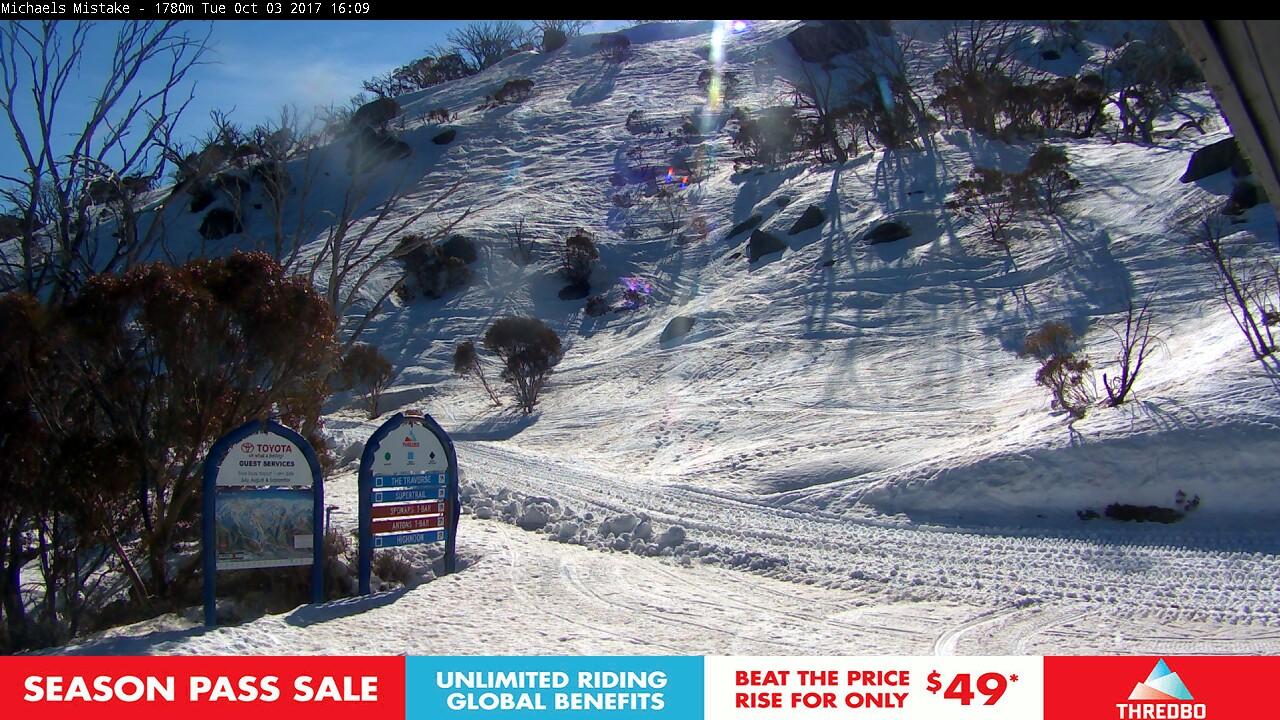 thredbo-snow-pole-1507007711.jpg