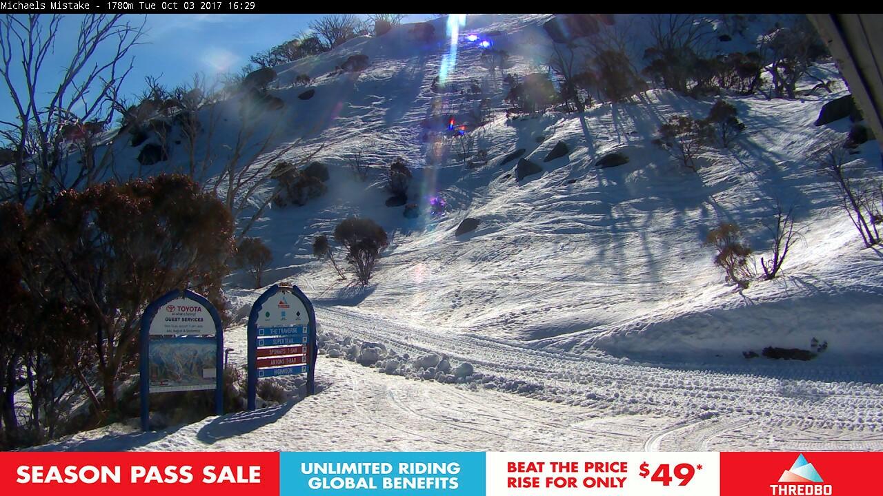 thredbo-snow-pole-1507008783.jpg