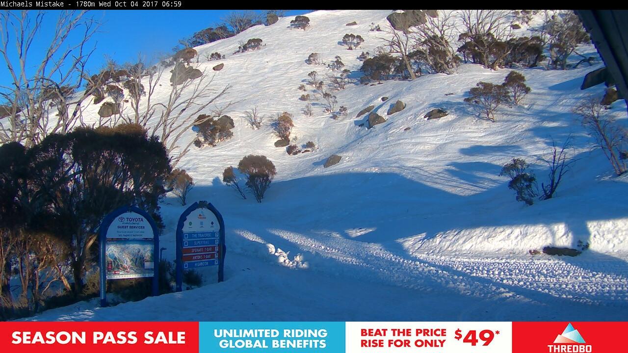 thredbo-snow-pole-1507061112.jpg