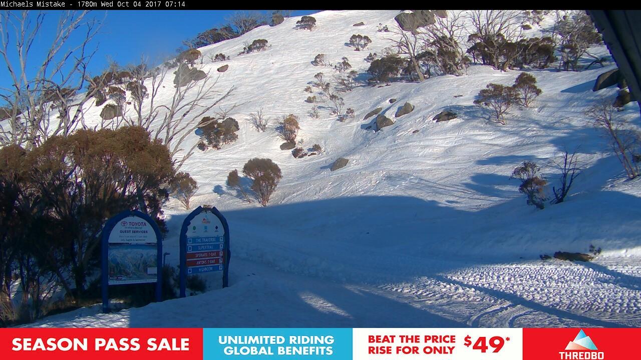 thredbo-snow-pole-1507062030.jpg